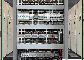 Instalação de quadro de comando